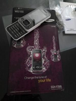 Teléfono móvil Samsung F250 como nuevo