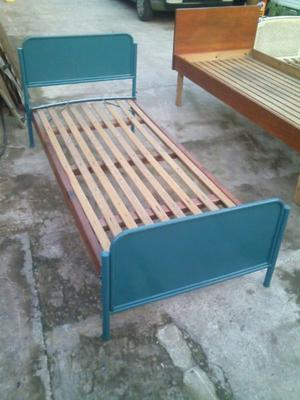 Cama 1 Plaza De Madera Y Metal Color Gris.traba Fácil