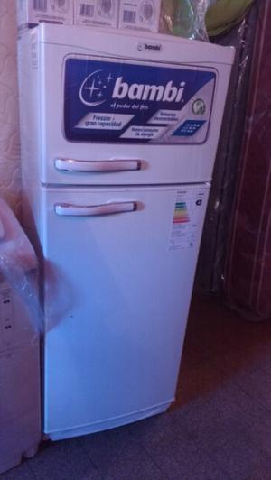Heladera con freezer BAMBI Nueva ecológica bajo consumo