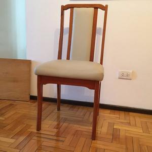 Juego de sillas de madera