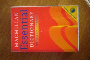 Macmillan Essential Dictionary. Usado. Muy Buen Estado.