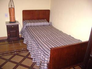 vendo cama antigua de 1 plaza