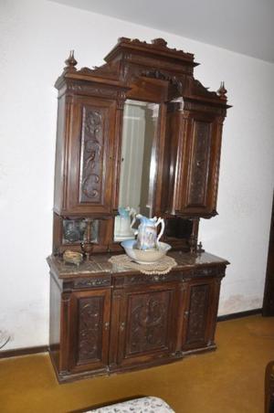 Mueble Antiguo Estilo Renacimiento Italiano