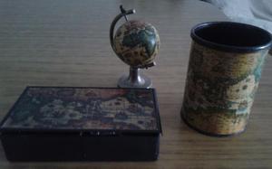 Elementos para escritorio antiguos, globo terraqueo,
