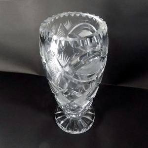 Jarrón florero cristal tallado