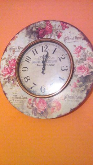 Relojes de diseño. Importados