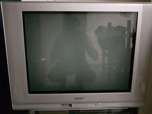 Vendo tv 29 pulgadas nuevo en su estado anda perfecto