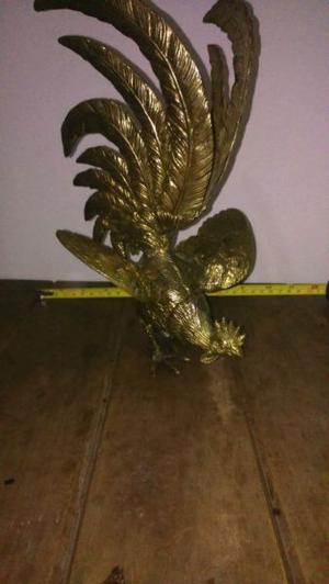 Gallo de bronce