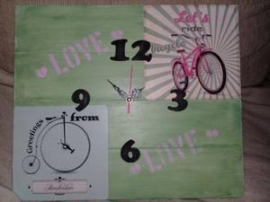 Reloj De Pared Artesanal Artesanias De Madera 15x15 Cm