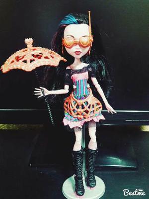 Muñeca Dracubecca Monster High Mattel. Freaky Fusion Ee.uu