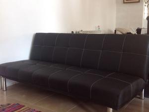 Cama con respaldo tapizada ecocuero o posot class for Sillon futon cama