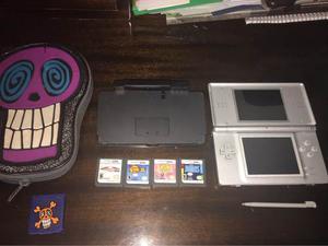 Consola Nintendo Ds Lite + 4 Juegos + Estuche