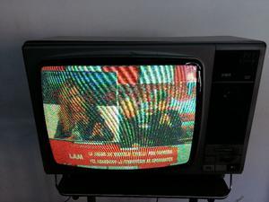 Tv Color Hitachi 20 Pulgadas Mod. -NR Funcionando !!!