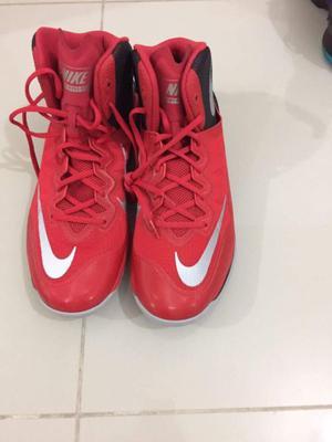 Zapatillas Nike nuevas sin uso, US12