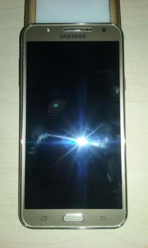 Telefono celular J7