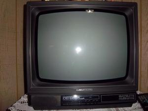 Vendo TV color 14""
