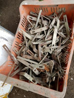 Cajon de herramientas de hierro caja posot class - Angulos de hierro ...
