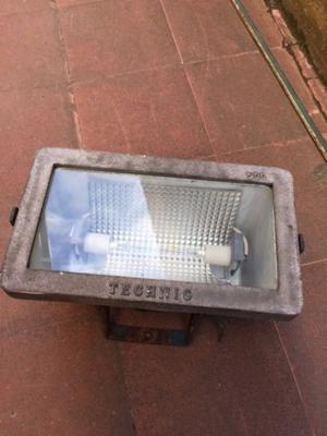 Reflector de aluminio estanco para exterior