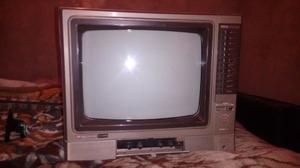 Vendo televisor Hitachi en muy buen estado y funcionamiento