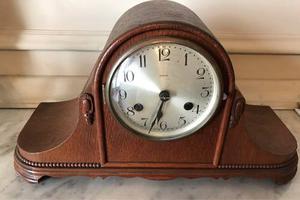 Antiguo Reloj Chimenea Kienzle Alemán.
