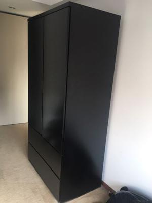 Placard color negro laqueado