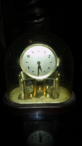 Reloj A Cuerda De Mesa