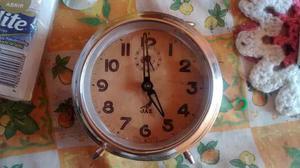 Reloj Despertador Antiguo A Cuerda