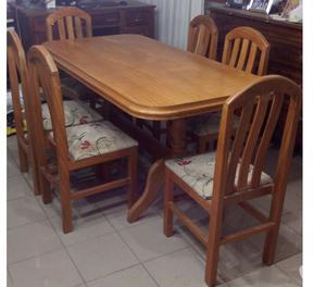 Juego de comedor estilo ingles mesa con 8 sillas posot class for Mesas puestas con estilo
