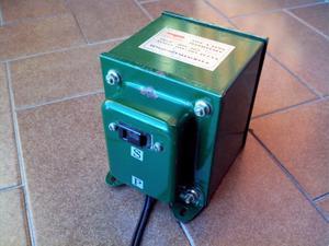 Transformador 220 V A 110 V 300 Va Una Salida