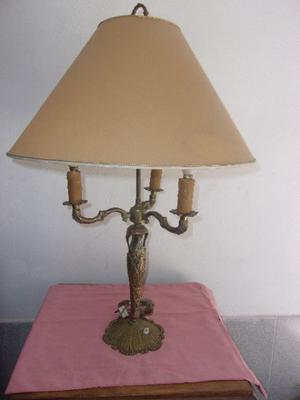 ANTIGUA LAMPARA DE BRONCE
