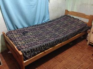 cama de 1 plaza de pino