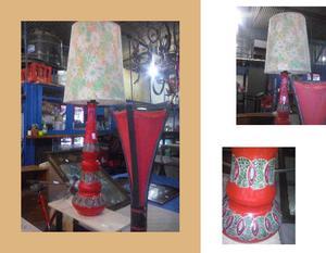lampara de pie,, en cerámica y pantalla