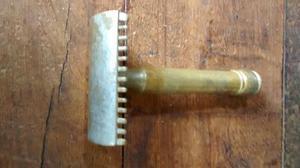 Máquina de afeitar antigua marca Sarita