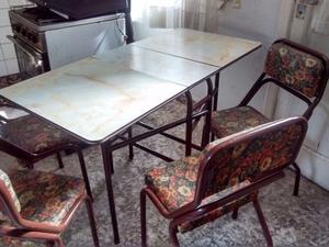 Muebles cocina mesa plegable y sillas