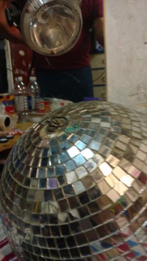 Esfera espejada de 40 cm