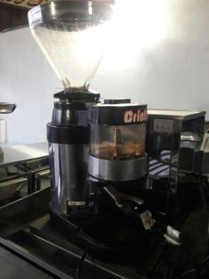 Molinillo de café marca Criollo Pub café