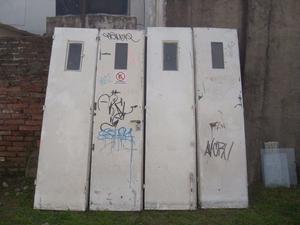 portón de garaje antiguo
