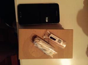 Celular Samsung s5(con funda semi nueva) para personal