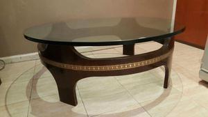 Hermosa mesa ratona redonda con vidrio grueso