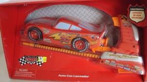 Auto Con Lanzador Manual Cars Mc Queen Vulcanita