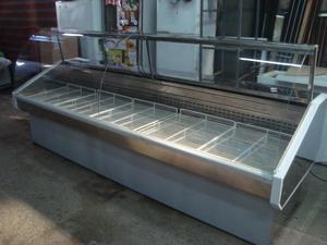 Exhibidora batea de 3 mts con vidrio curvo semi nuevo