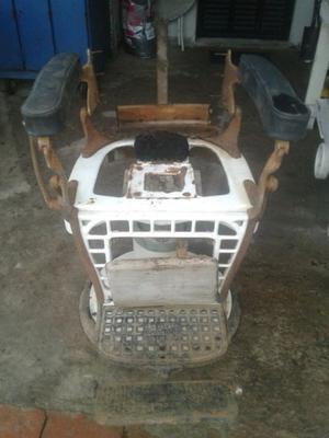 Vendo sillon de peluquero antiguo