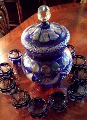Ponchera de cristal Tallado y 12 vasos/tazas