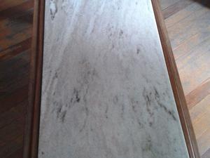 Mesa ratona madera y mármol Carrara