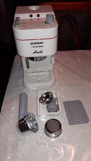 Cafetera, italiana, marca ferrari, usada