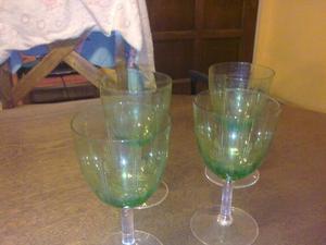 Juego de 4 copas de cristal verde