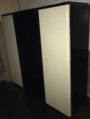 Ropero 3 puertas y cajones