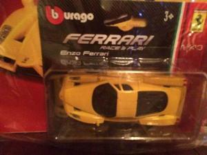 Coleccion Autitos Ferrari Esc: 1:43 Gt Col N 2 Enzo Ferrari