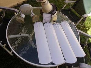 Ventilador De Techo, Arlum 5 Velocidades Con Luz, 4 Palas