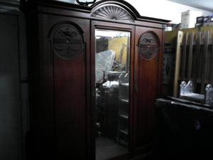 Ropero antiguo (precio por unidad)
